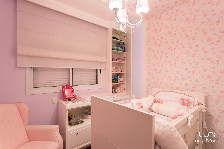 Quarto de bebê cor-de-rosa