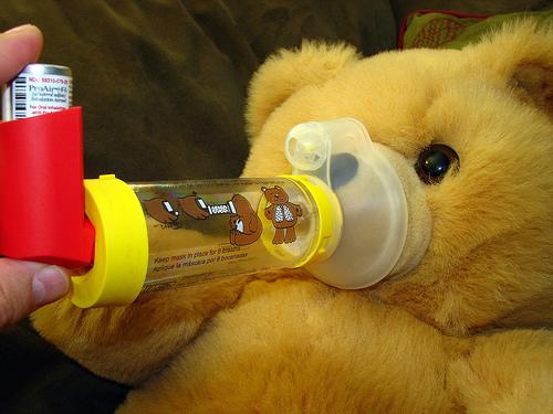 O tempo seco, a asma e remédios distribuidos gratuitamente