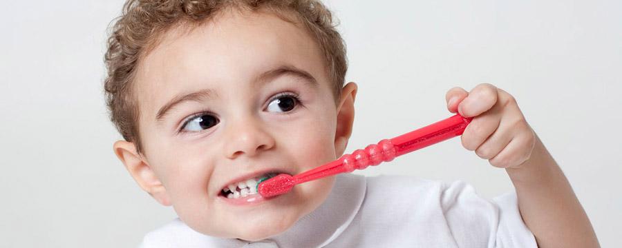 CURAPROX para bebês e crianças